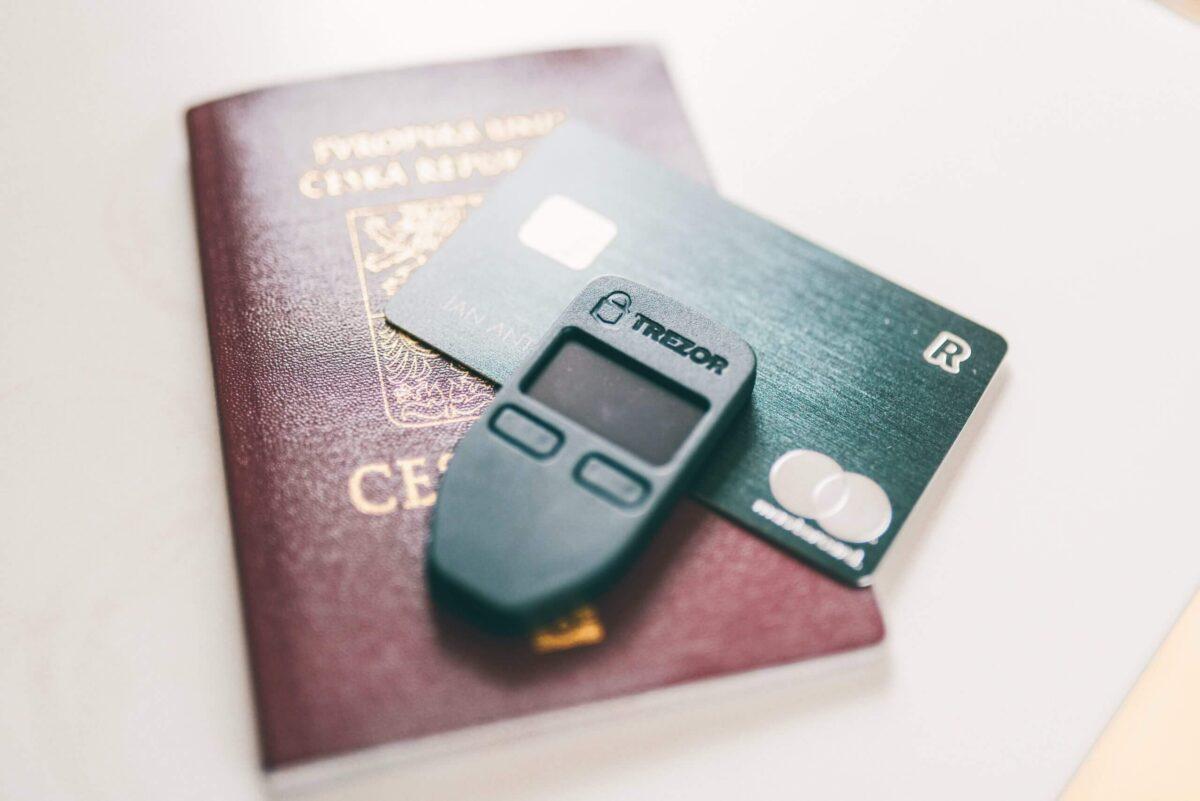 クレジットカードのアイキャッチ画像