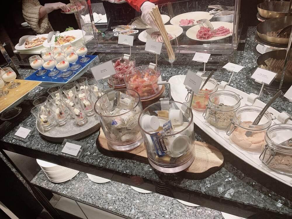 食事の画像